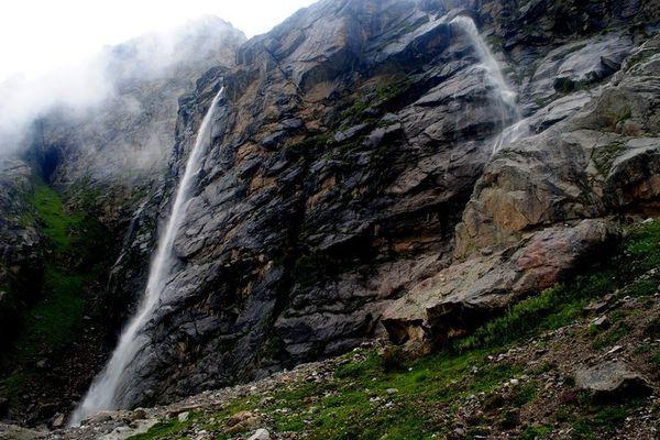 Badrinath_Vasudhara_Falls_Main