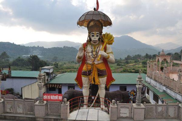 Hanuman-Garhi-temple-Pictures.3
