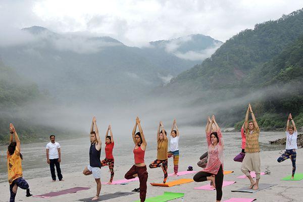 ashtanga-yoga-in-rishikesh 1