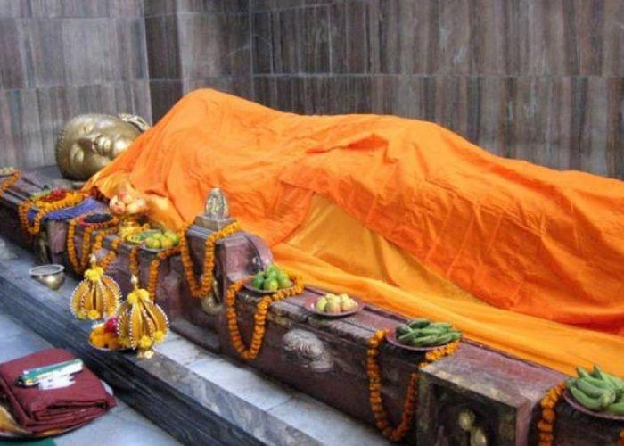 mahaparinirvana-stupa_1420449120